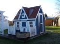 domek dla dziecka-niebiesko biały